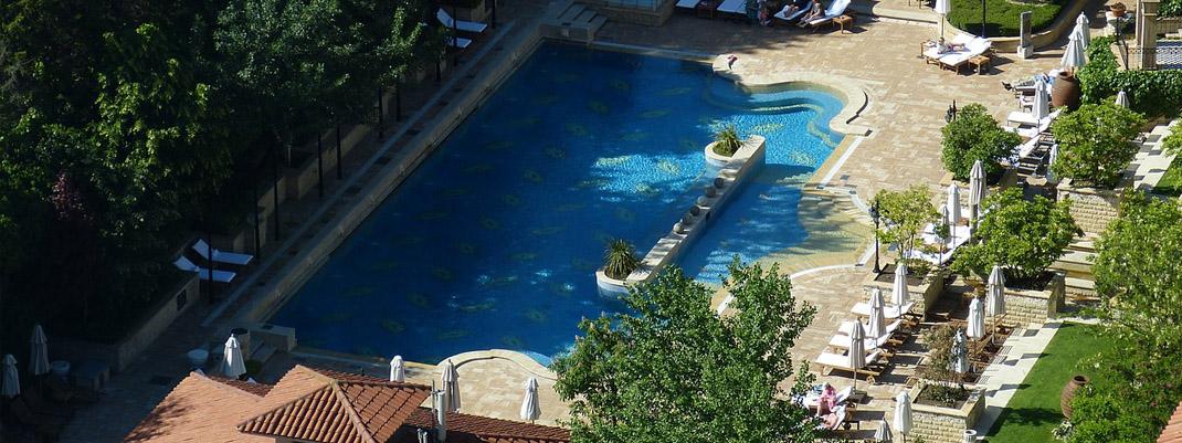 Swimming pool designers for a unique garden