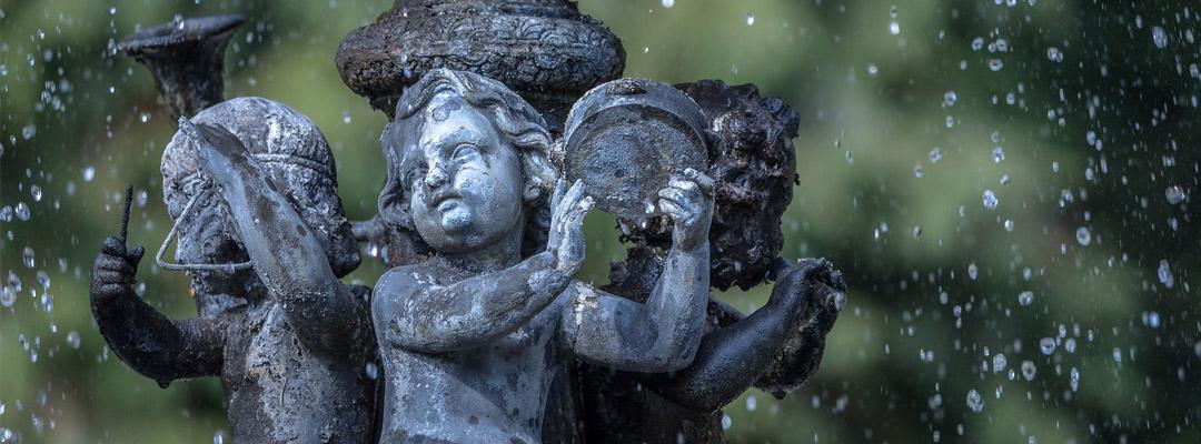 Garden fountain design by Atelierdimensioneverde.it