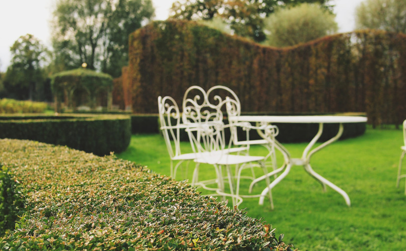 Garden outdoor furniture: how to give a special touch to your garden